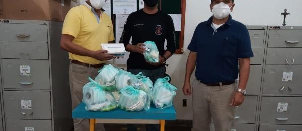 El Consulado de Colombia entrega kits de aseo y material de bioseguridad a los connacionales detenidos en la Unidad Prisional de Tabatinga